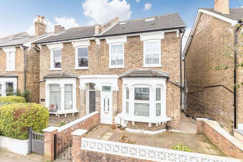 3 Bedrooms Property for sale in Ondine Road, London