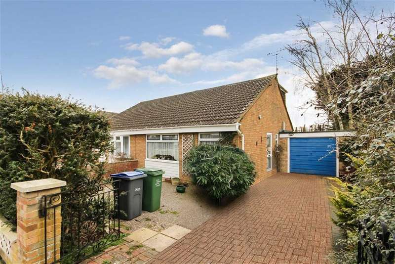2 Bedrooms Semi Detached House for sale in Betjeman Avenue, Royal Wootton Bassett, Wiltshire