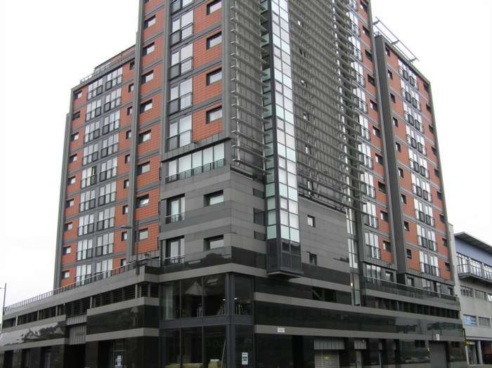 2 Bedrooms Flat for rent in Lancefield Quay