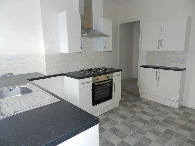 2 Bedrooms Terraced House for rent in Bright Street, Meir ST3