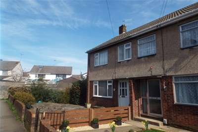 3 Bedrooms Terraced House for rent in Kingswood, BS15