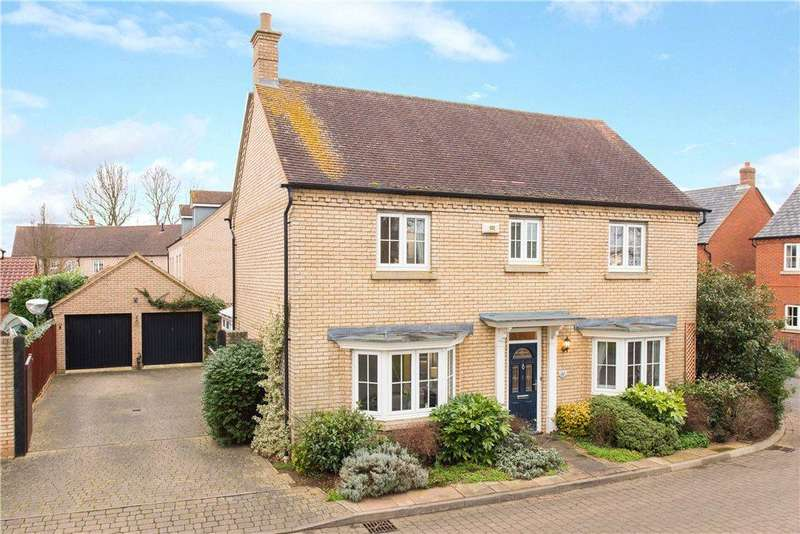4 Bedrooms Detached House for sale in Mayston Close, Potton, Sandy, Bedfordshire