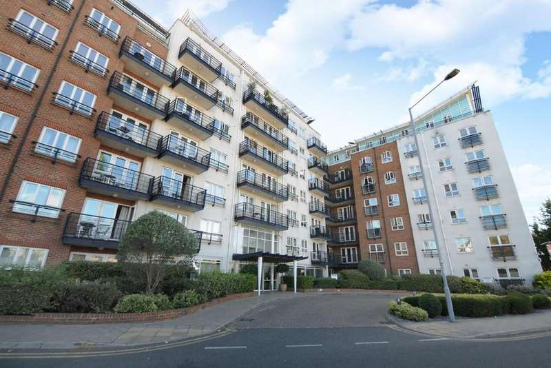 1 Bedroom Flat for sale in Royal Quarter, Seven Kings Way, Kingston upon Thames
