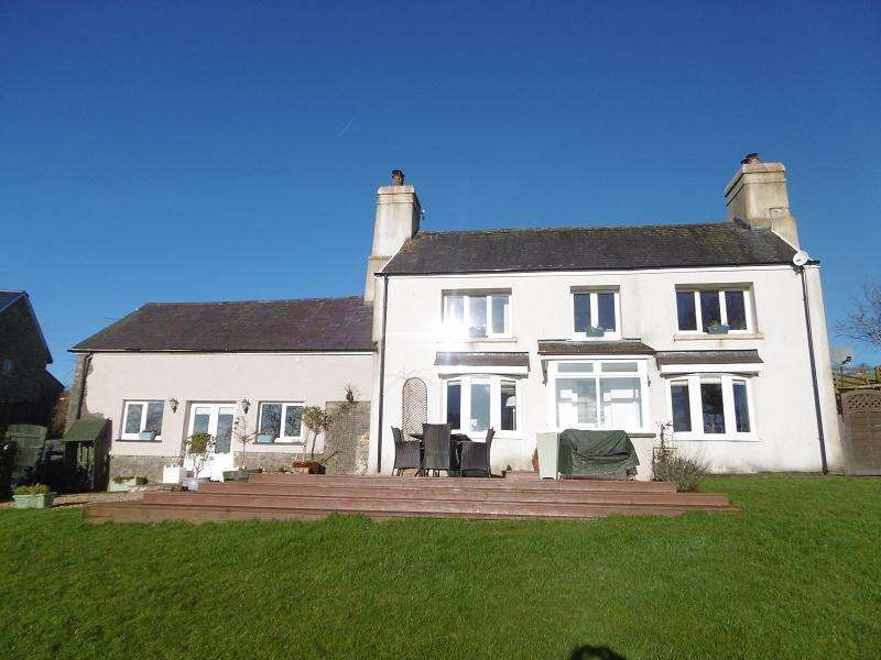 5 Bedrooms Detached House for sale in Llanfynydd, Carmarthen, Carmarthenshire.