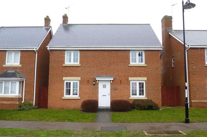 4 Bedrooms Detached House for sale in Ironwood Avenue, Desborough, Kettering