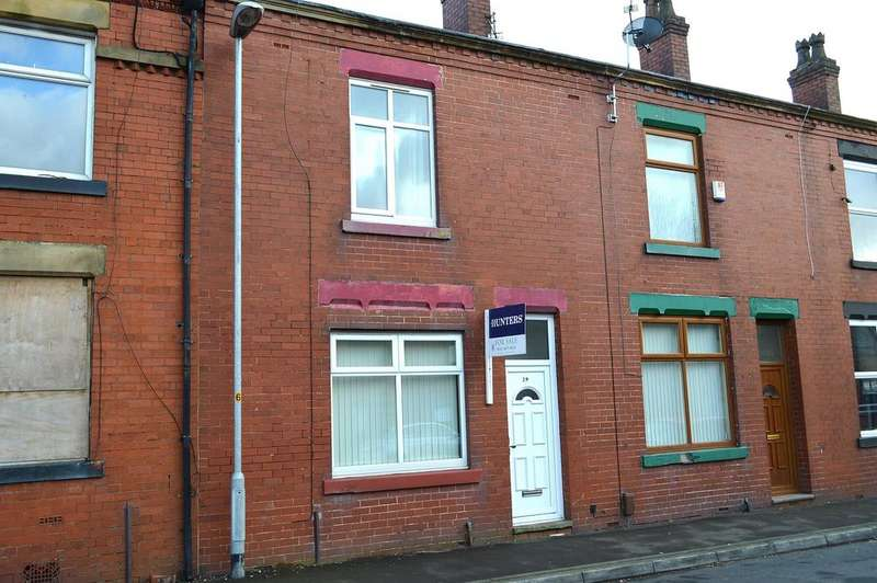 2 Bedrooms Terraced House for sale in Byron Street, Hollinwood, Oldham, OL8 4QT