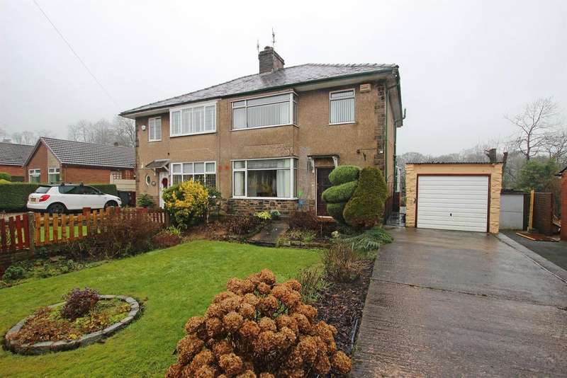 3 Bedrooms Semi Detached House for sale in Earnsdale Road Darwen BB3 1HS