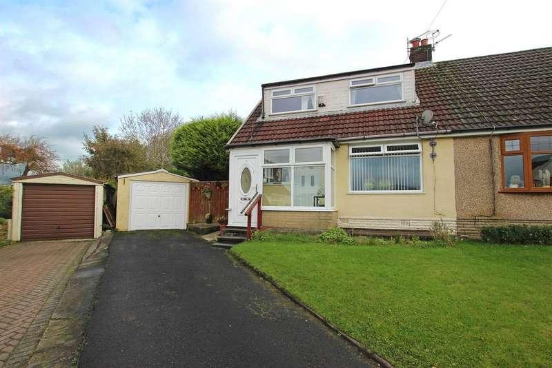 3 Bedrooms Semi Detached House for sale in Milton Close Darwen BB3 3EA