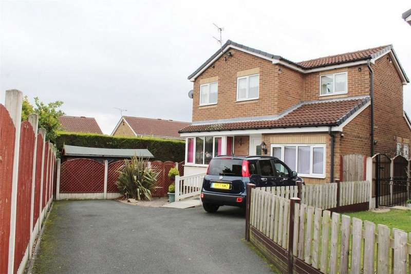 5 Bedrooms Detached House for sale in Farnaby Gardens, High Green, SHEFFIELD, South Yorkshire