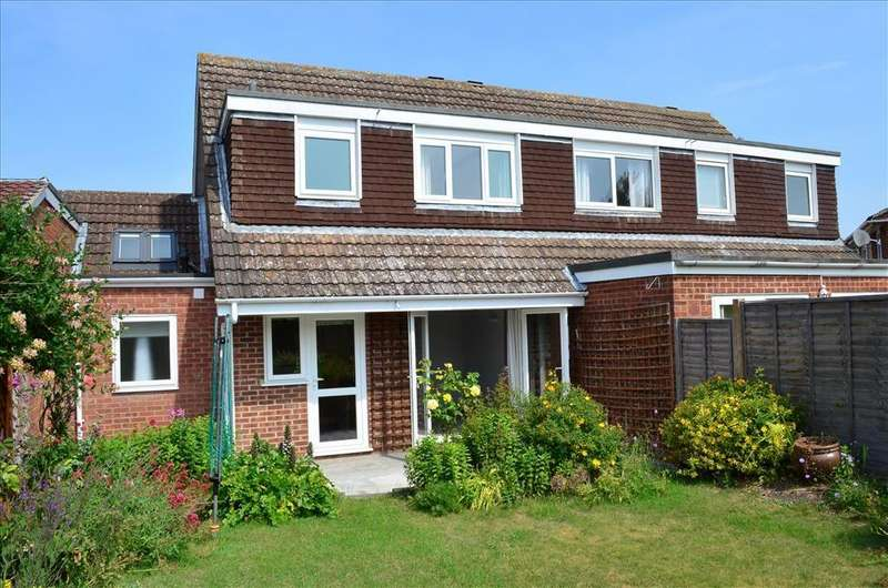 4 Bedrooms Semi Detached House for rent in Greengage Rise, Melbourn, Royston, SG8