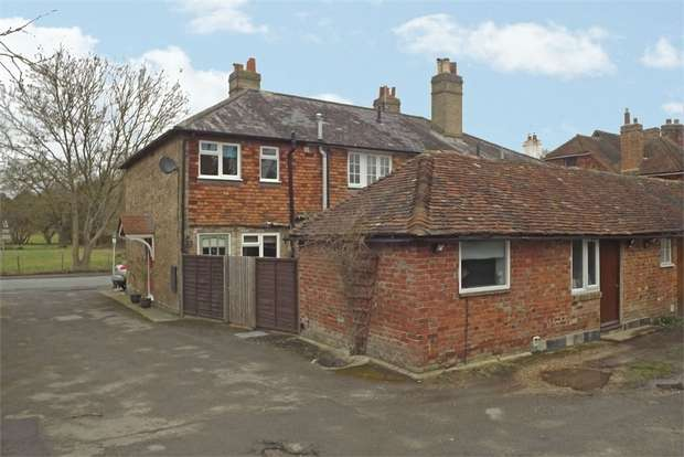 2 Bedrooms End Of Terrace House for sale in Main Road, Sundridge, Sevenoaks, Kent