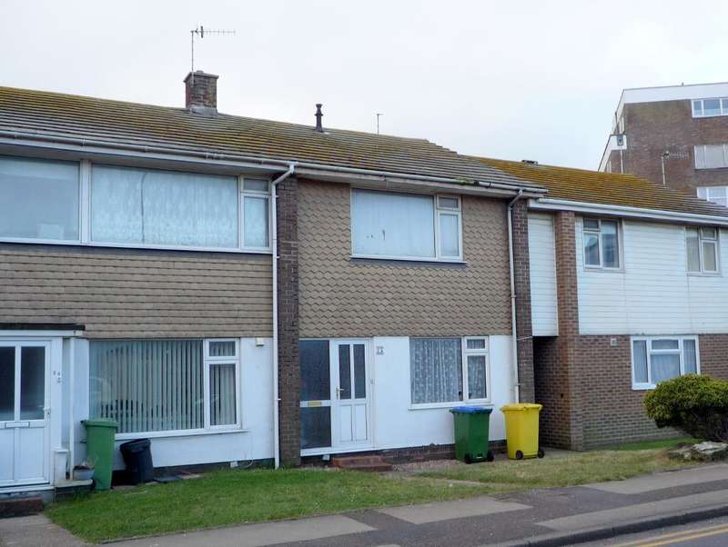 3 Bedrooms House for sale in West Street, Seaford, BN25 1EE