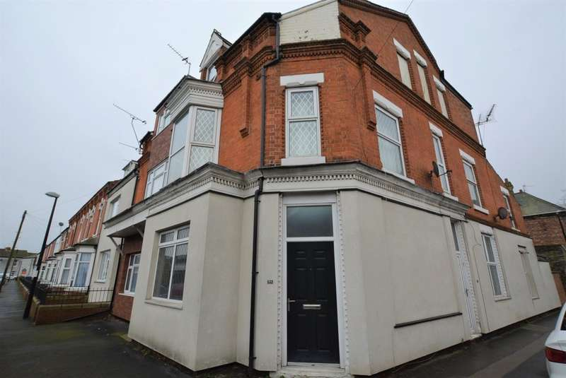 3 Bedrooms Flat for sale in Victoria Street, Goole