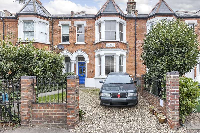 3 Bedrooms Terraced House for sale in Shooters Hill Road, London, SE3