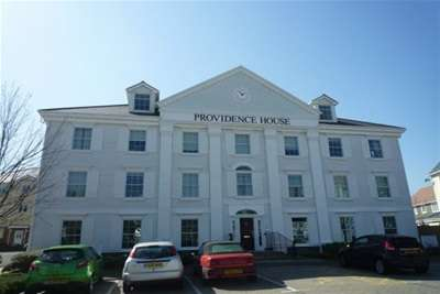2 Bedrooms Flat for rent in Providence House, Holborough Lakes
