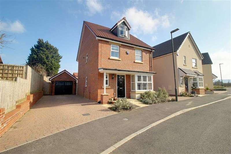 4 Bedrooms Detached House for rent in Swallowcroft, Stonehouse, Gloucestershire