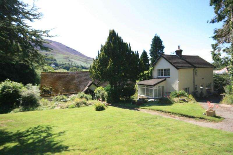 5 Bedrooms Detached House for sale in Woodside, Dwygyfylchi