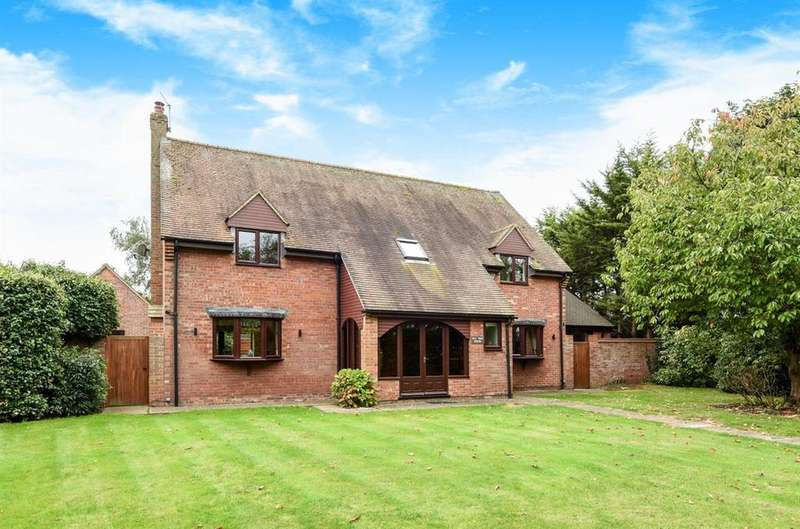 4 Bedrooms Detached House for sale in Sutton Wick Lane, Drayton, Drayton