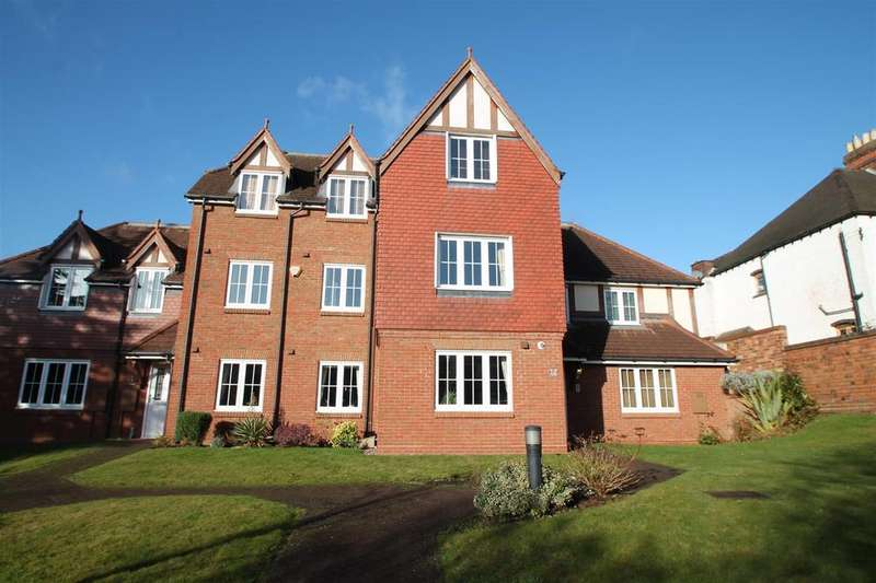 2 Bedrooms Apartment Flat for sale in Christchurch Lane, Lichfield