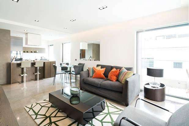 3 Bedrooms Flat for rent in Babmaes Street, London, SW1Y