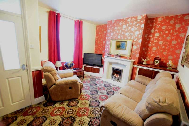 3 Bedrooms Terraced House for sale in Fylde Street, Kirkham
