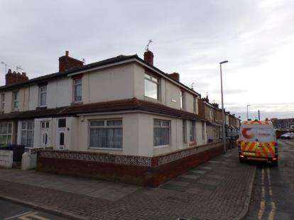 3 Bedrooms House for sale in Cocker Street, Blackpool, Lancashire, FY1