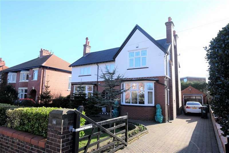 3 Bedrooms Detached House for sale in Oxford Road, St Annes