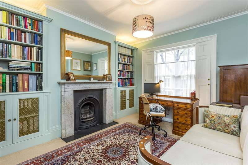 4 Bedrooms House for sale in Wharton Street, London, WC1X