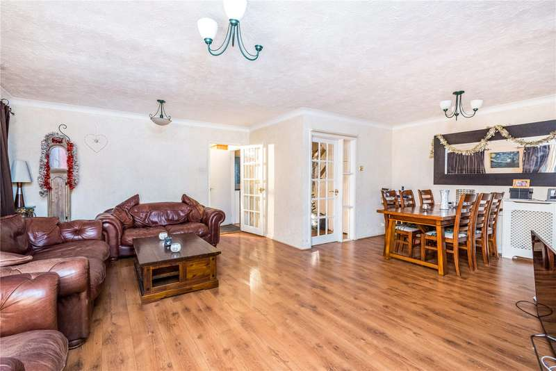 4 Bedrooms Detached House for sale in North Acre, Banstead, Surrey, SM7