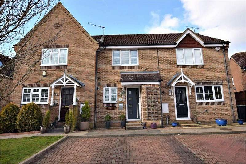 2 Bedrooms Terraced House for sale in Stewart Close, ABBOTS LANGLEY, Hertfordshire