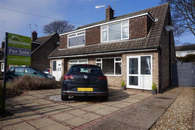 3 Bedrooms Semi Detached House for sale in Hunter Road, Elloughton, Elloughton, HU15