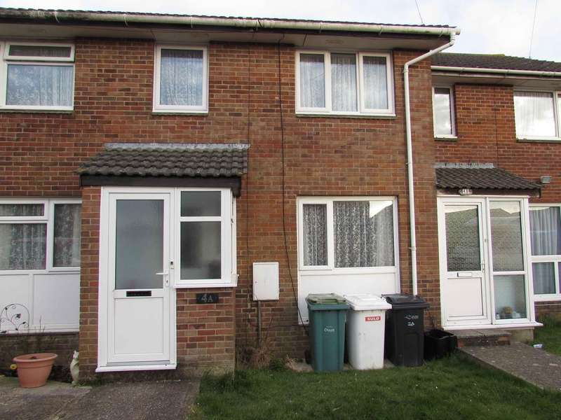 3 Bedrooms Terraced House for rent in Ash Close, Gunville, Newport, Isle Of Wight, PO30