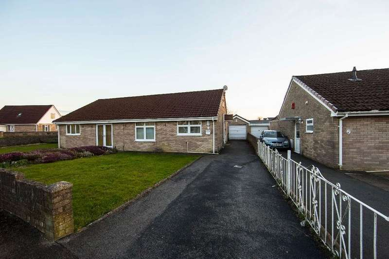 2 Bedrooms Bungalow for sale in Ty Llwyd Park, Quakers Yard, CF46 5LA