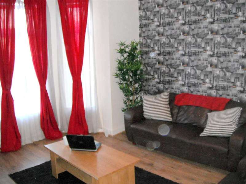 6 Bedrooms Terraced House for rent in STUDENT LET INC BILLS (No agency fees) - Nelson Street, Broughton - 90.00/65.00 PPPW