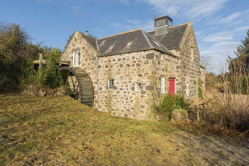 4 Bedrooms Detached House for sale in Portsoy, Banff, AB45 2YD