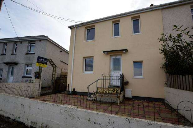 4 Bedrooms Semi Detached House for sale in River View, Saltash, Cornwall