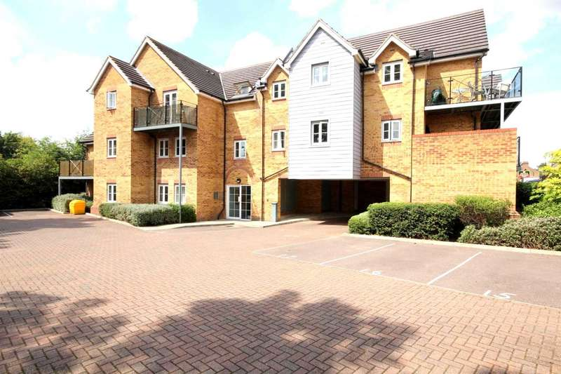 2 Bedrooms Apartment Flat for sale in TOP FLOOR APARTMENT WITH BALCONY/GATED PARKING/ENSUITE IN Willow Court, Apsley