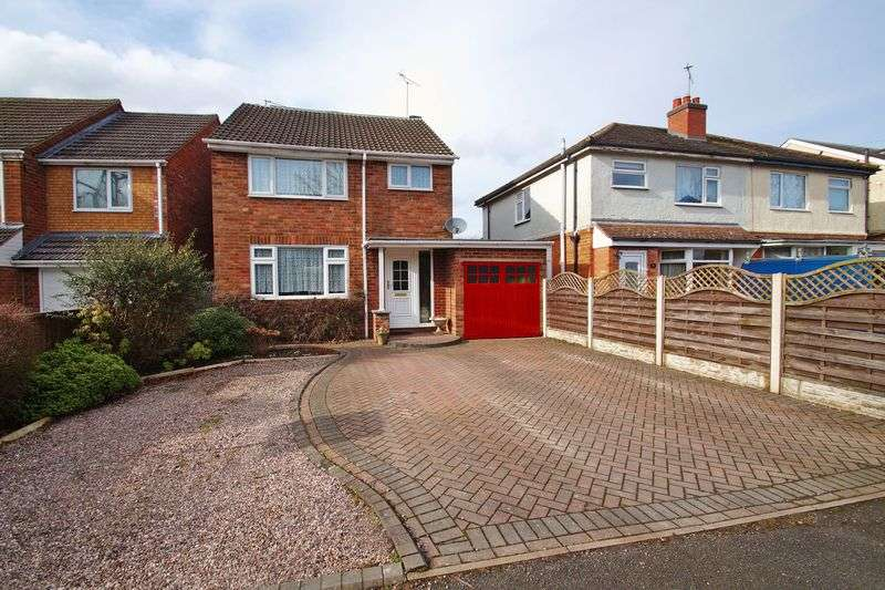 4 Bedrooms Property for sale in Heathfield Road Webheath, Redditch