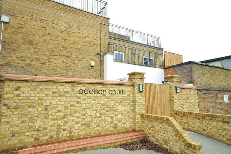 1 Bedroom Apartment Flat for sale in Addison Court, 114c, Watford, Hertfordshire, WD17