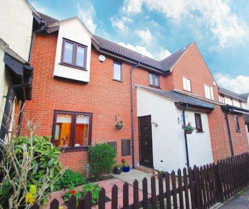 3 Bedrooms Terraced House for sale in Larch Walk, Hatfield Peverel, Chelmsford
