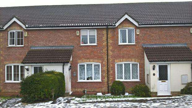 2 Bedrooms Terraced House for rent in Limber Court, Grimsby