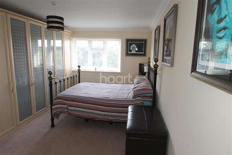 1 Bedroom Detached House for rent in London Road