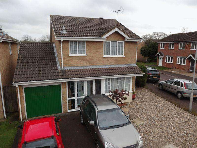 3 Bedrooms Detached House for sale in Longbrooke, Houghton Regis