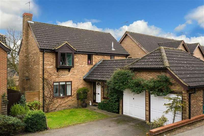 4 Bedrooms Detached House for sale in Farriday Close, St Albans, Hertfordshire