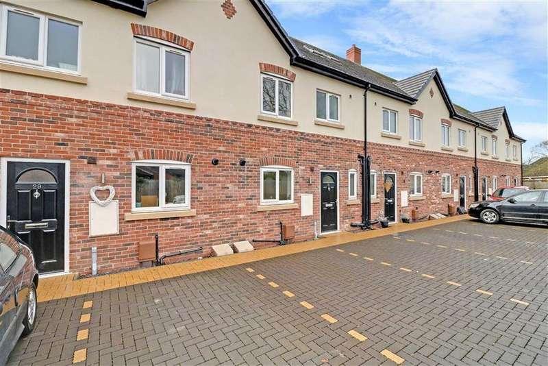 3 Bedrooms Mews House for sale in Lime Tree Mews, Rope Lane, Crewe