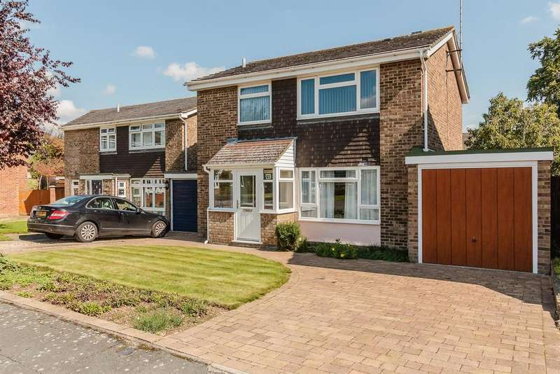 3 Bedrooms Detached House for sale in Beechwood Avenue, Melbourn
