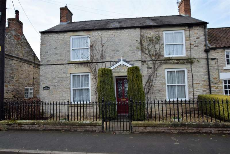 3 Bedrooms Detached House for sale in Main Street, Sinnington, York, YO62 6SH