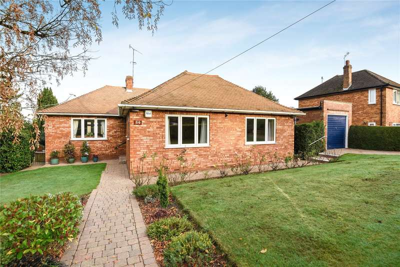 3 Bedrooms Detached Bungalow for sale in Sherfield Avenue, Rickmansworth, Hertfordshire, WD3
