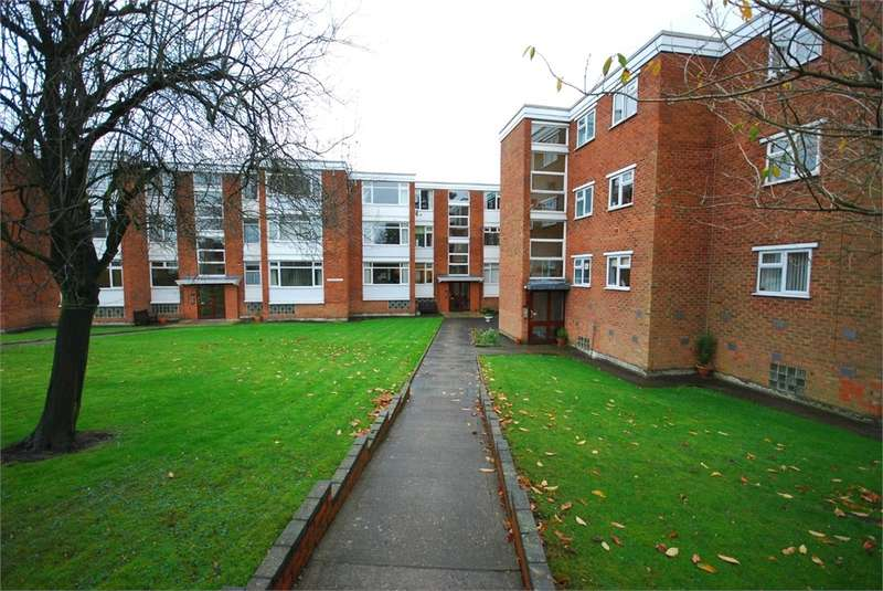 2 Bedrooms Flat for rent in Morton Court, Hillmorton Road, Rugby, Warwickshire