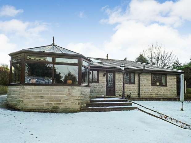 4 Bedrooms Detached Bungalow for sale in Zion Street, Bacup, Lancashire